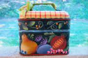 #916 - Folk Lunch Pail